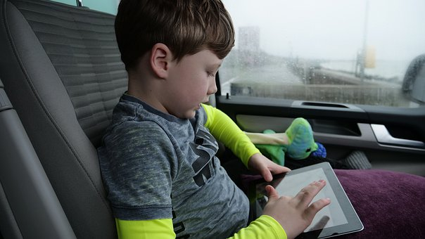 Screen time and speech delay for toddlers