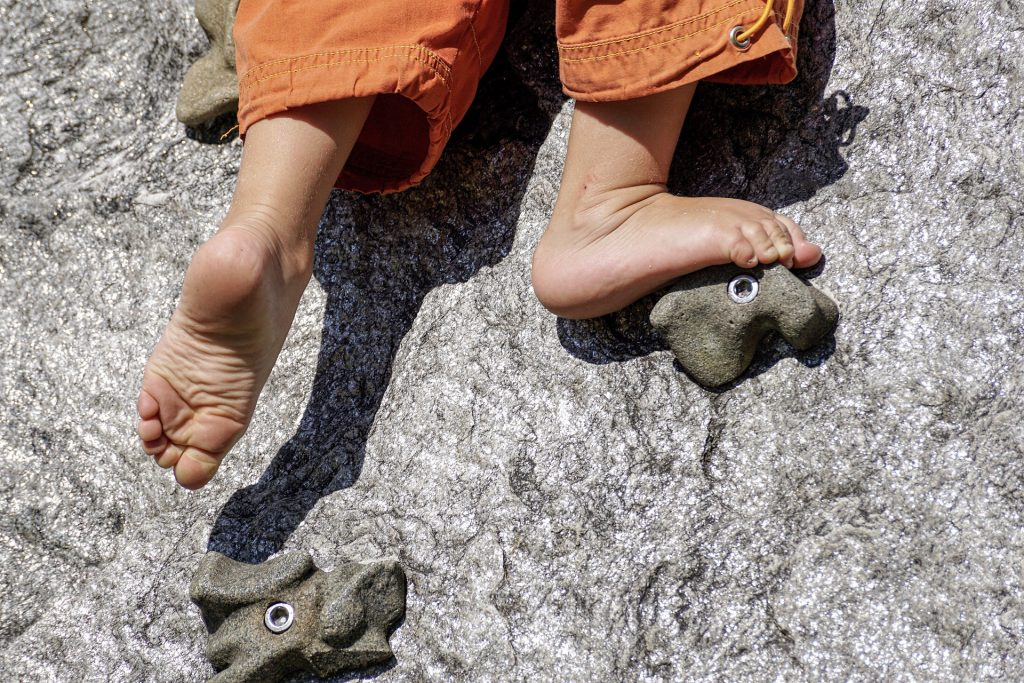safe climbing for autistic kids